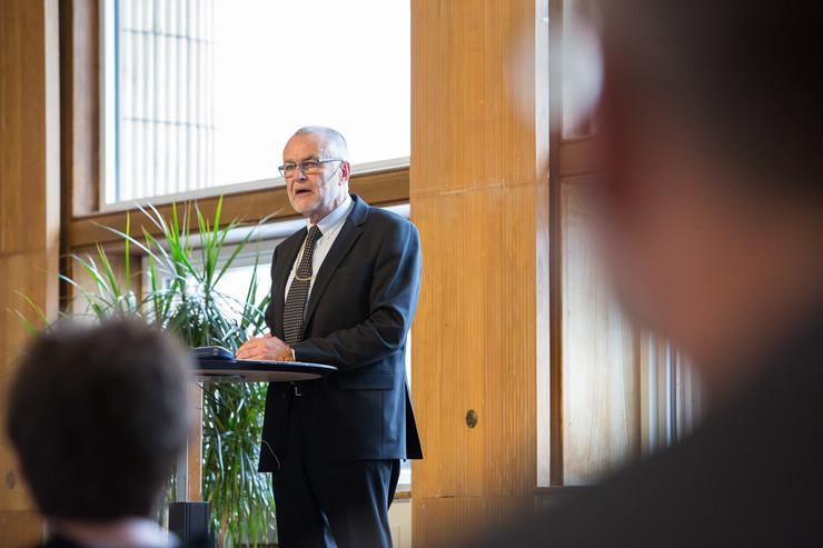 Biskop Henning Toft Bro annoncerer nyt gudstjenesterum på universitetshospital i sin landemodeberetning. Læs beretningen nedenfor.